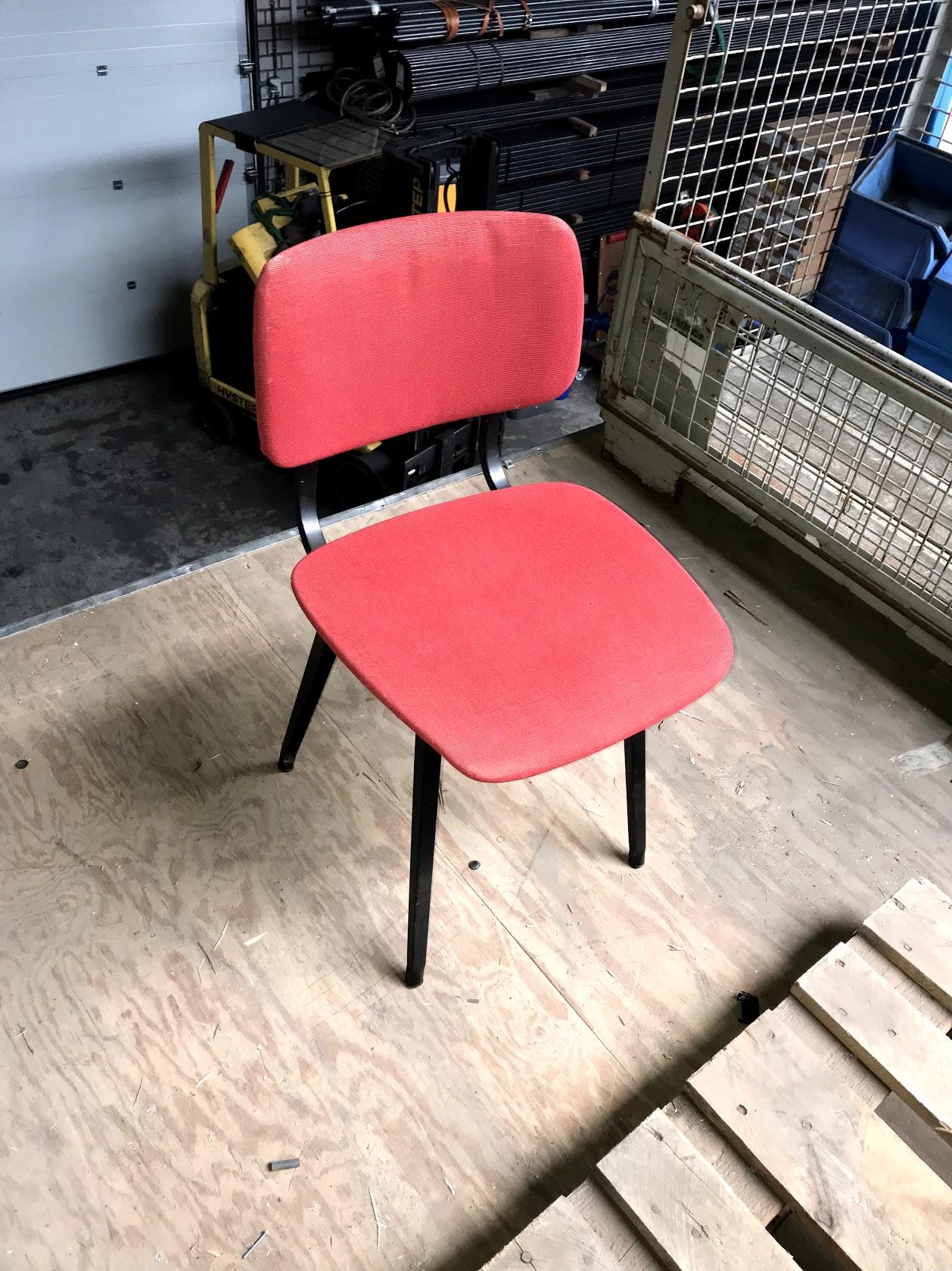 Revolt stoelen